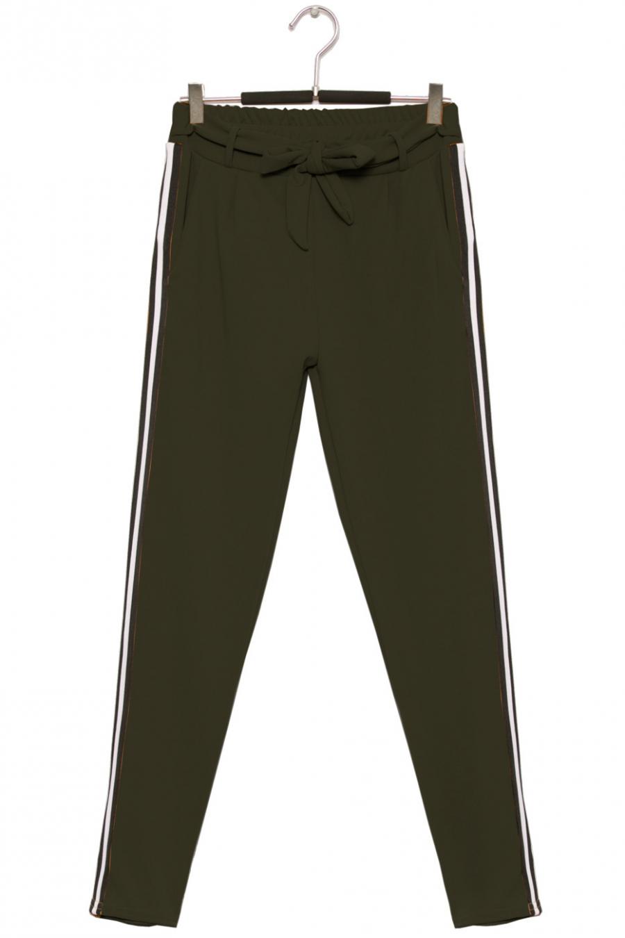 Pantalon fluide noir à bande avec poche. Mode femme 1756