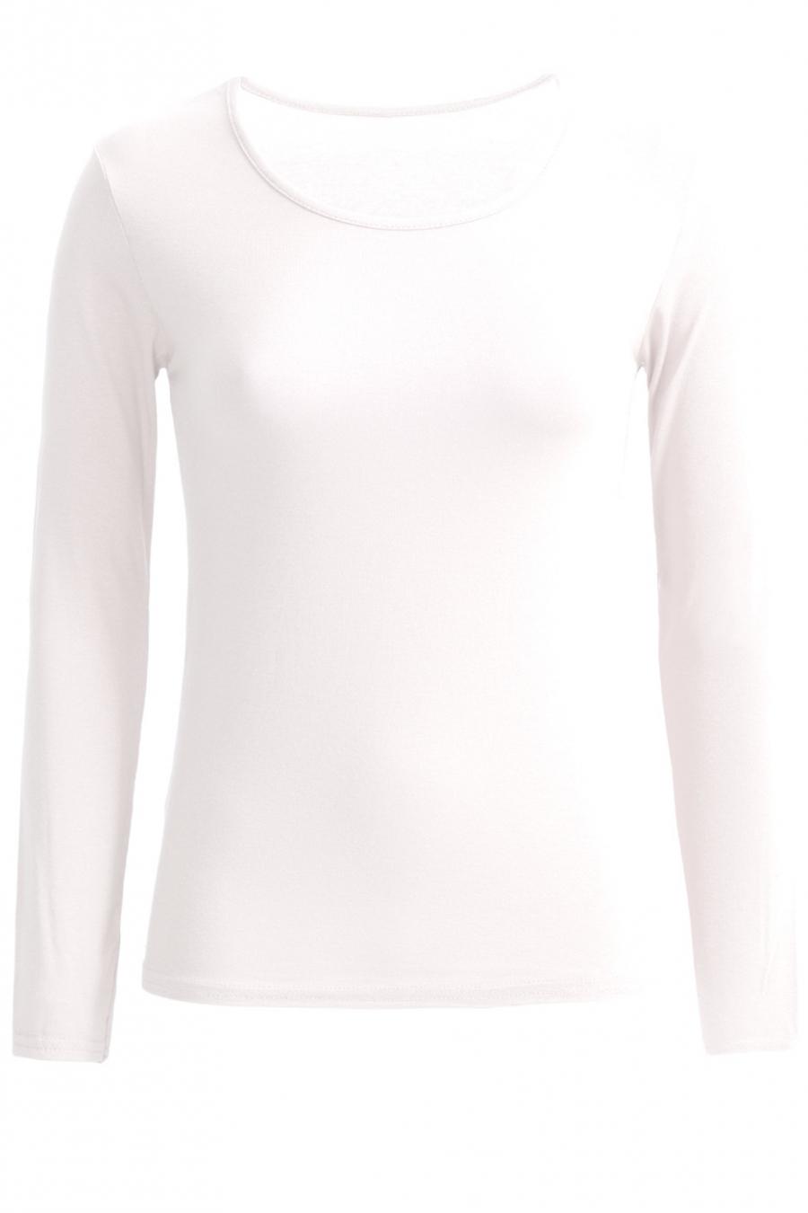Zeer trendy witte trui met ronde hals. Goedkope dameskleding.