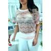 Sublime top dentelé manche 3/4 avec strass et perle, agréable à porter. Style fashion. F2050