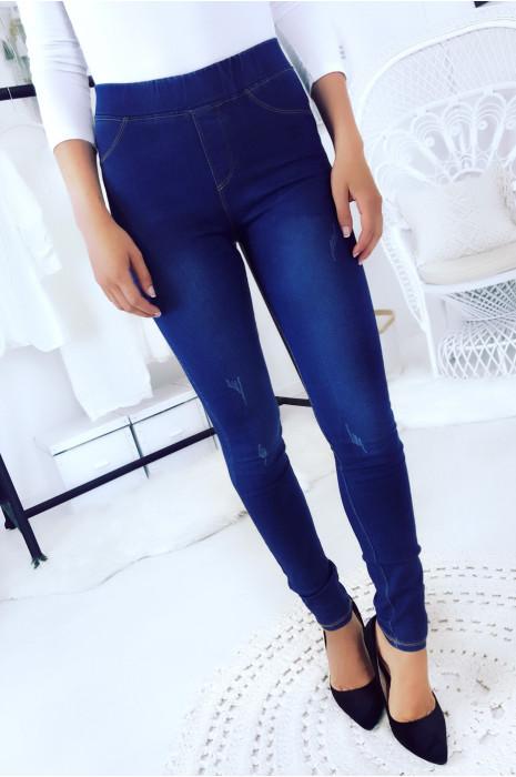 Magnifique jeans bleu marine moulant délavé avec fausse poches. Jeans femme 303