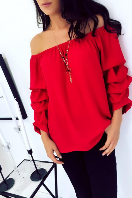 Magnifique blouse rouge col bateau à collier manche bouffante. 1773
