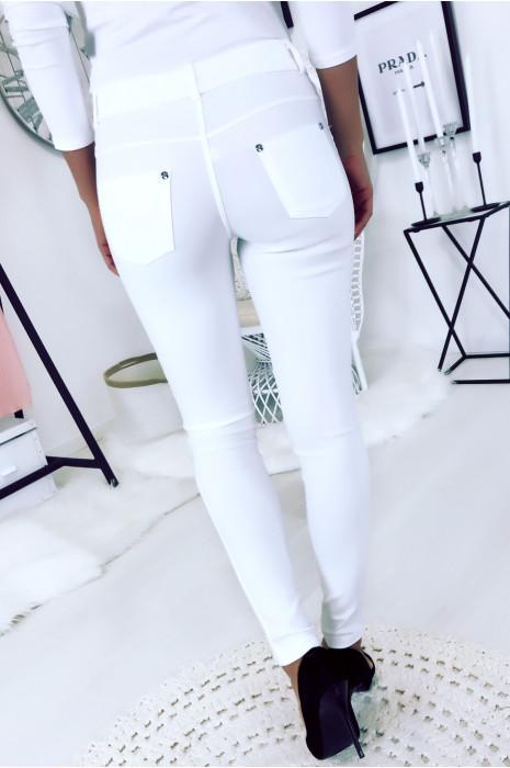 Pantalon slim Blanc, basic avec poche avant et arrière