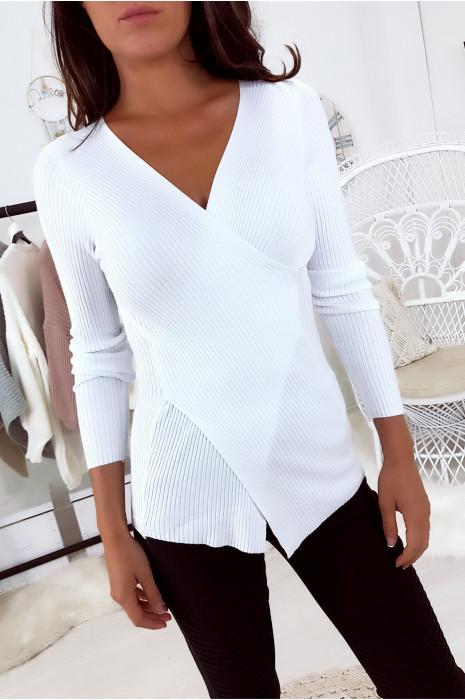 Vente Flash Pull Blanc cache coeur, matière côtelée. 5527