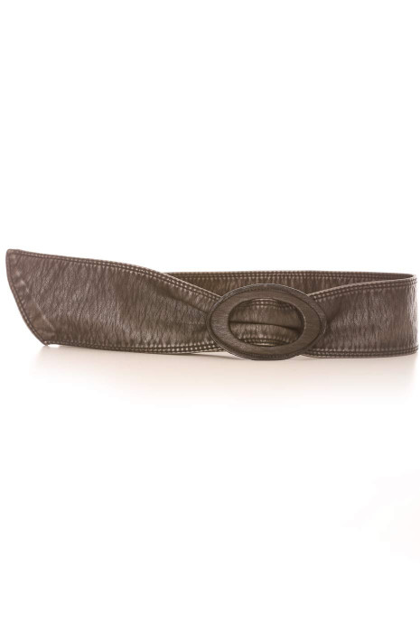 Faded black belt in faux leather style with oval buckle. Accessory BG3003