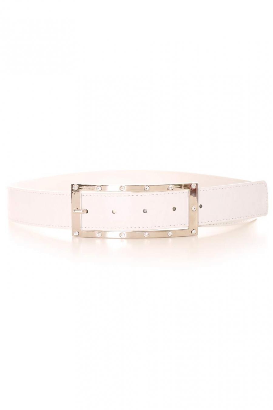 Witte riem met rechthoekige zilveren gesp en strass steentjes. Toebehoren 9008