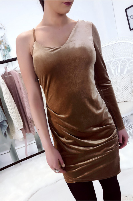 Asymmetric camel velvet dress with plain sleeves. Sexy woman fashion