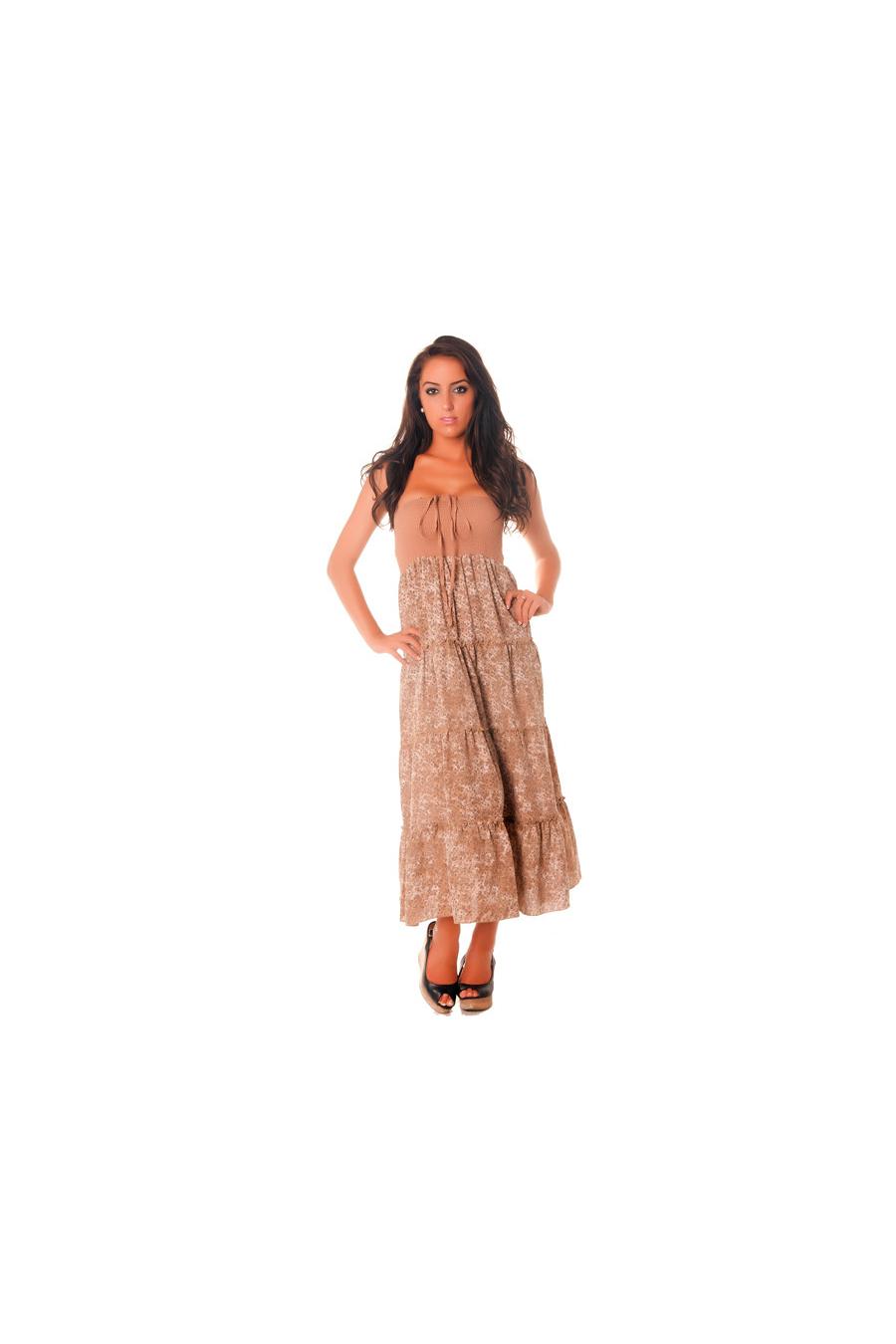 Schitterende taupe jurk met kleine bloemmotieven perfect voor de zomer. D1214