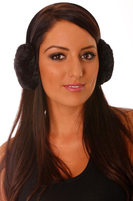 Zwarte oorkappen in fleece-stijl.
