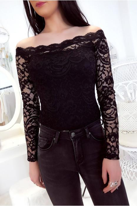 Zwarte kanten bodysuit met boothals