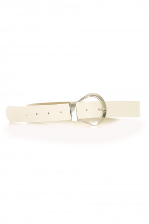 White belt with a large silver buckle - CE 559