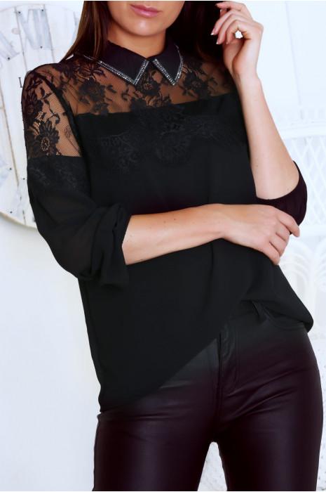 Blouse noir ornée d'une sublime dentelle noir au buste et de strass au col