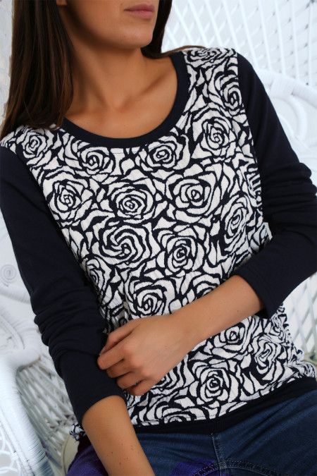 Pretty sweater in navy floral jacquard pattern. 257