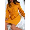 Superbe robe sweat moutarde avec ceinture. Vêtement femme fashion