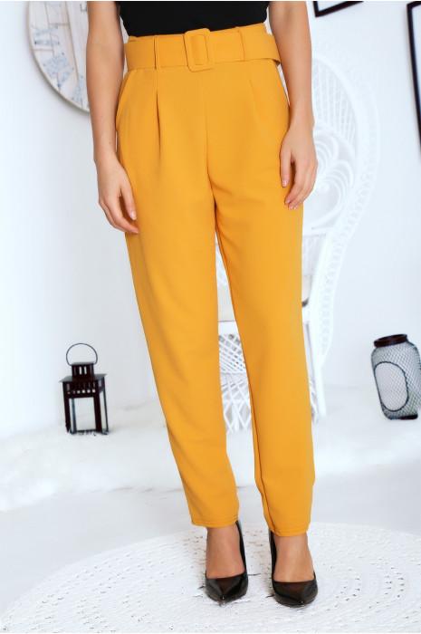Jolie pantalon droit moutarde avec ceinture et poches