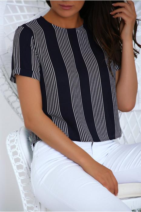 Petite blouse en crêpe rayé marine et blanc. Haut working girl très tendance