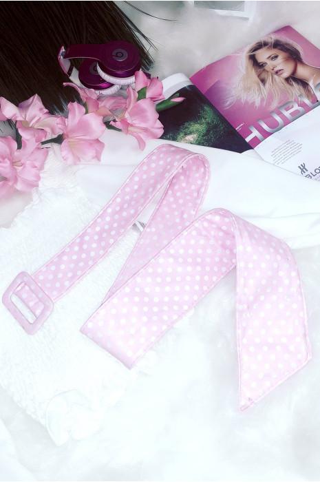 Jolie ceinture rose avec petit pois idéale avec une jolie robe blanche