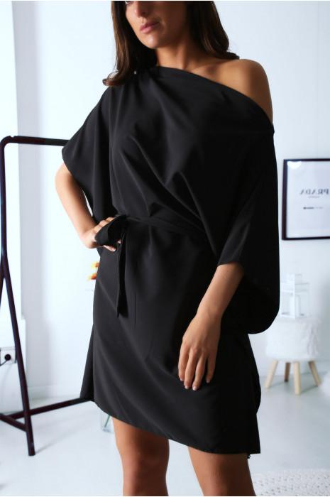 Robe tunique noir col bateau, manche chauve souris avec ceinture