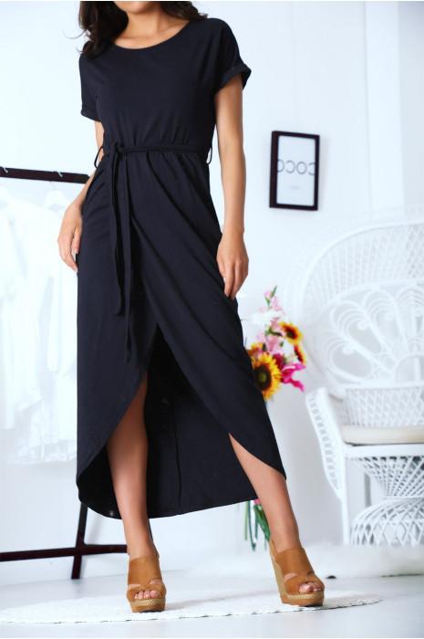 Robe porte feuille marine avec ceinture et manche revers. Mode femme fashion