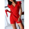 Combi-short rouge, croisé avec poche et ceinture. Combinaison très chic et agréable pour l'été