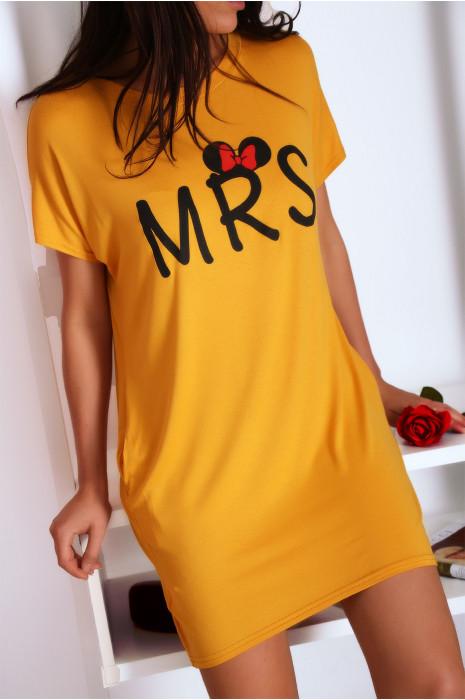 Robe T-shirt moutarde avec écriture MRS et poche,. Robe tunique  ultra agréable à porter