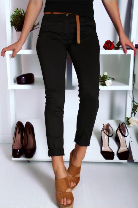 Schitterende slanke zwarte broek met imitatieleren riem