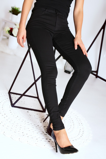 Basic zwarte A2001 jeans met hoge taille