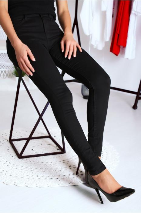 Jean Noir basique taille haute