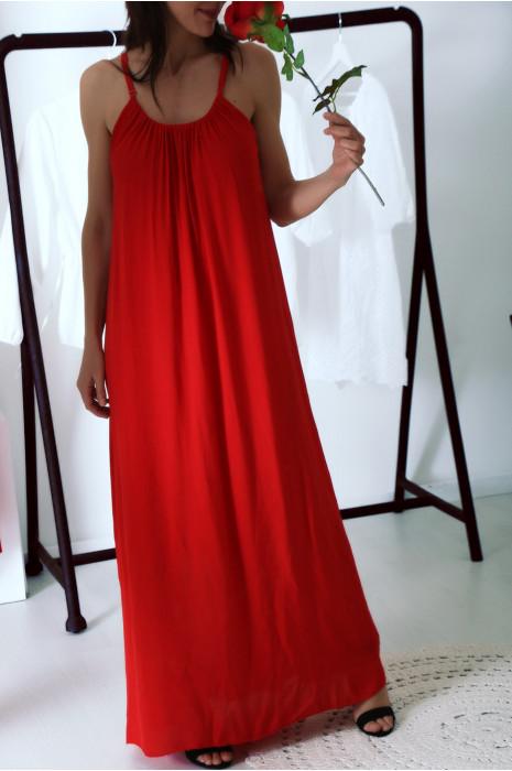 Jolie robe longue Rouge à bretelles