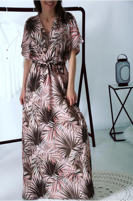 Robe longue d'été fleurie à dominance rose, croisé au buste avec ceinture