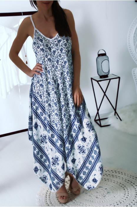 Jolie longue robe d'été Bleu avec motif fleurs