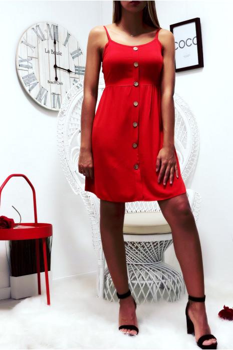 Jolie robe rouge, bretelle amovible, boutonné à l'avant