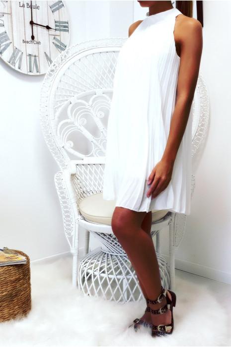 Magnifique robe tunique blanche  en trapèze plissé et doublé