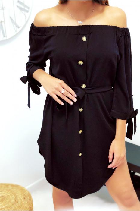 Jolie robe tunique col bateau noir boutonné à l'avant