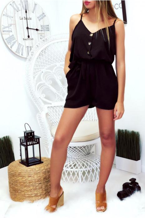 Sublime combinaison short noir à bretelle, boutonné devant avec poche et élastique à la taille