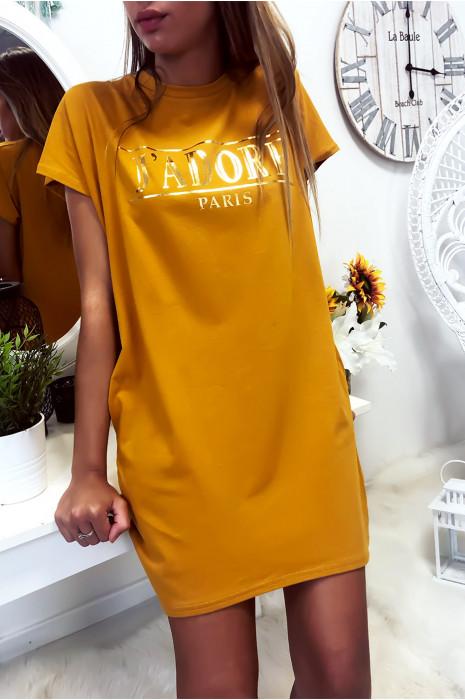 Robe T-shirt moutarde avec écriture J'adore et poche,. Robe tunique très agréable à porter