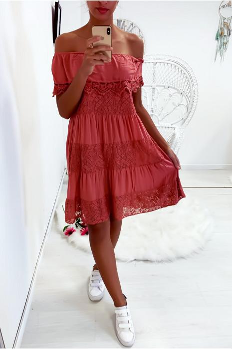Sublime robe tunique corail col bateau ou col rond avec volant en dentelle