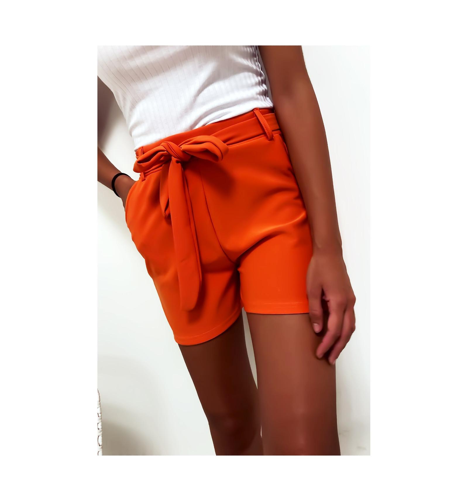 Short orange avec poche et ceinture. Mode femme à prix mini