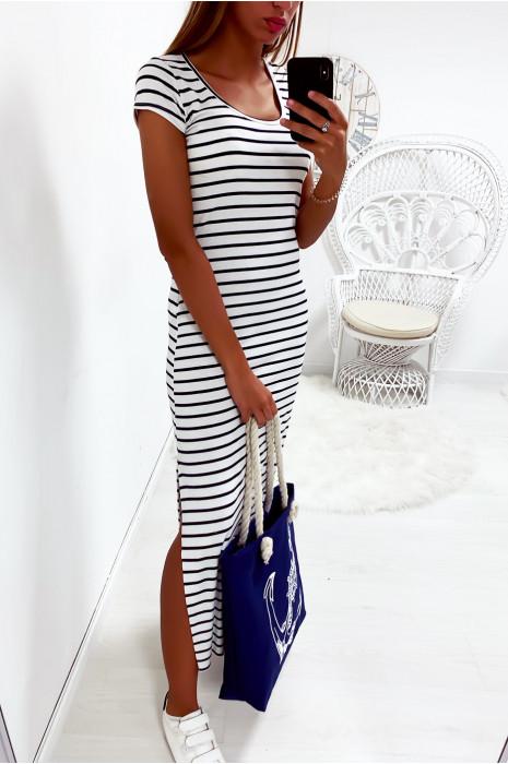 Longue robe marinière couleur blanc et marine avec fente
