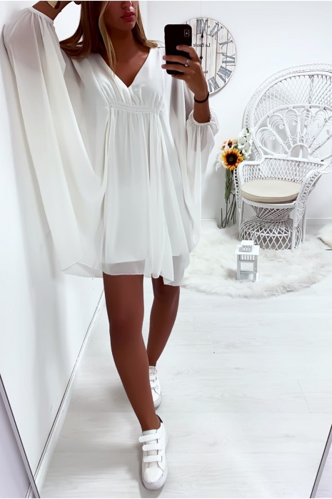 Sublime robe tunique blanche coupe chauve souris, froncé à l'avant