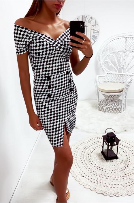 Sublime robe noir et blanc col bateau, croisé au buste avec 6 boutons