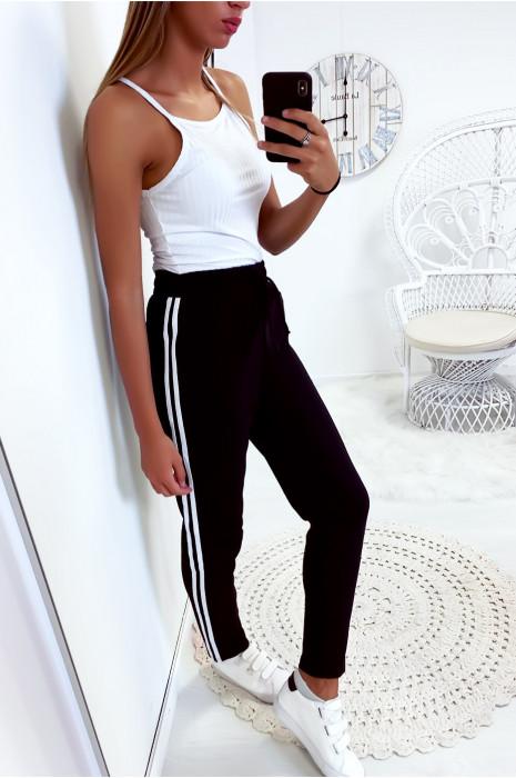Super jogging noir avec 2 bandes et poches