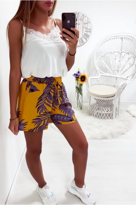 Mosterdkleurige katoenen short met bloemmotief, zeer modieus en comfortabel om te dragen