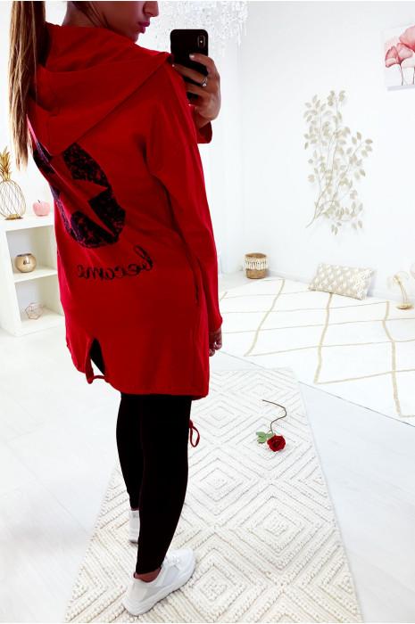 Gilet rouge très fashion avec étoile au dos et lacet en bas
