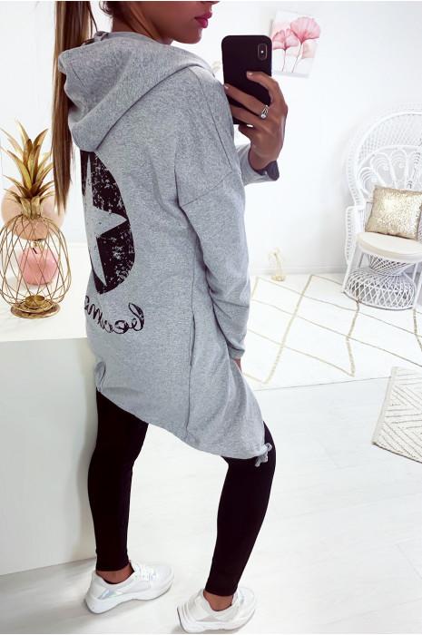 Gilet gris très fashion avec étoile au dos et lacet en bas