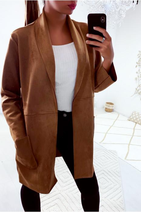Jolie veste camel avec poche dans une jolie matière style daim