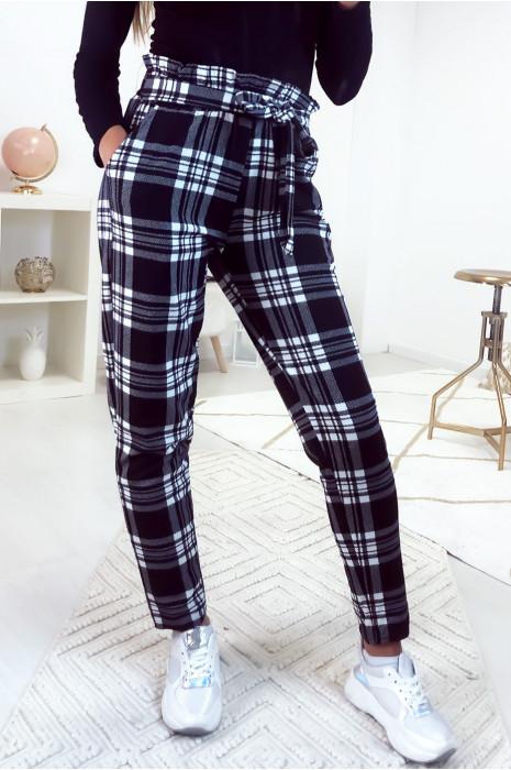 Pantalon cigarette à carreaux avec poche et ceinture
