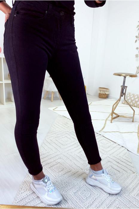 Jeans slim noir basic effilé aux cheville