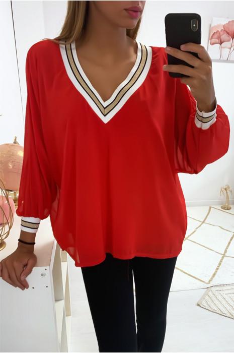 Magnifique blouse col V rouge et doublé à l'intérieur, doré au col et aux manches. 1844