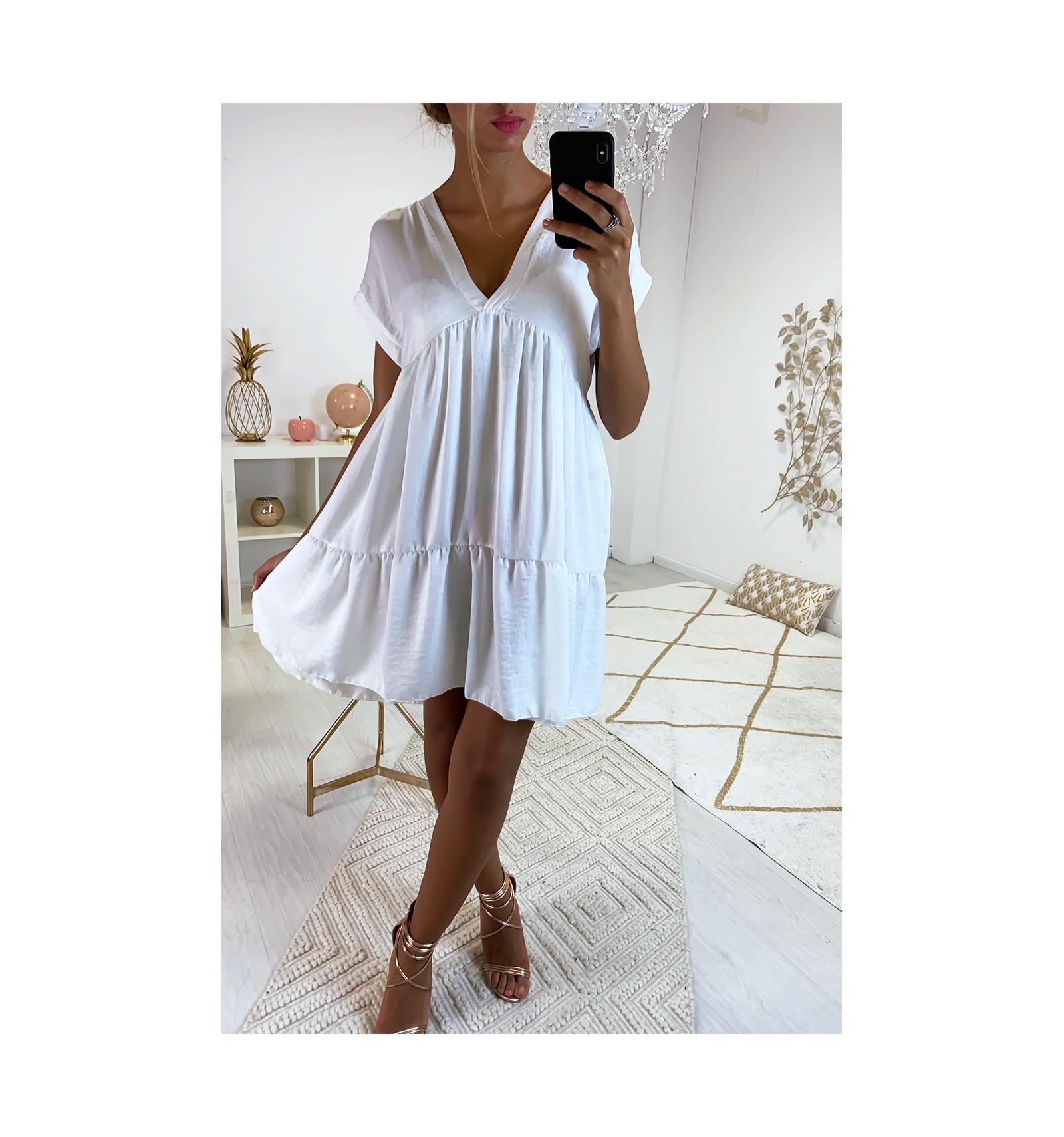 Magnifique Robe Tunique Blanche En Col V Avec Volant