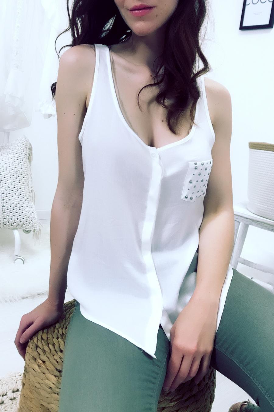 Chemisier sans manches Blanc à poche strass et dos dentelle. F2030